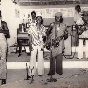 Image for 'Apagya Show Band'