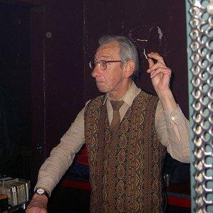 Bild för 'DJ Derek'