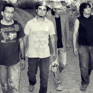 Immagine per 'Poetas do Caos'