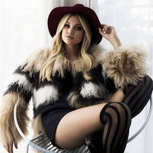 Image for 'Olivia Holt'