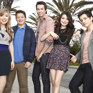 Image for 'iCarly Cast'