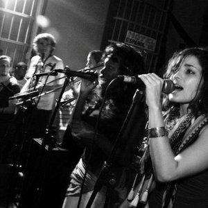 Bild für 'Tragavenao Orquesta Afrobeat'