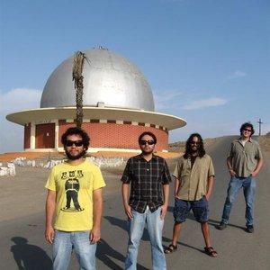 Image for 'Los Protones'