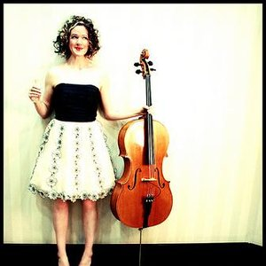 Immagine per 'Erin and her Cello'