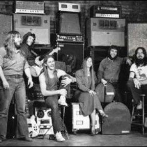 Imagem de 'Resurrection Band'