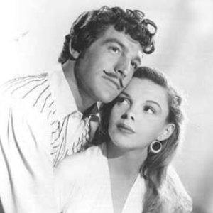 Image pour 'Gene Kelly & Judy Garland & Chorus'