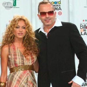 Image for 'Miguel Bose ft. Paulina Rubio'