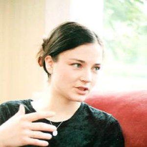 Imagem de 'Helena Tulve'