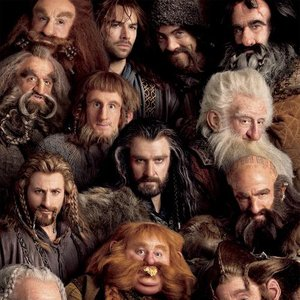 Image pour 'The Dwarf Cast & Richard Armitage'