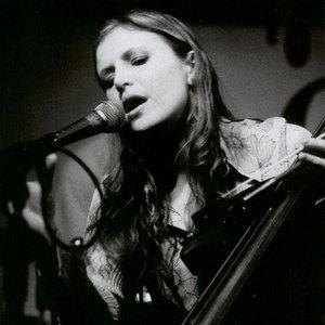 Image for 'Izzi Dunn'