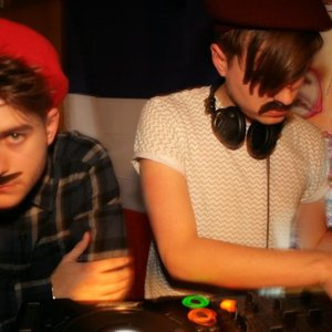 Bild för 'Pardon My French DJs'