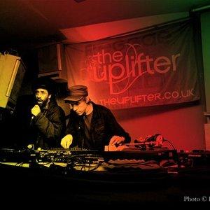 Bild för 'The Uplifter'
