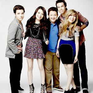Immagine per 'iCarly Cast'