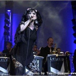 Image for 'Nina Hagen & Leipzig Big Band'