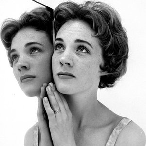Image for 'Julie Andrews'