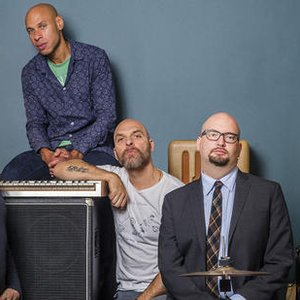 Bild för 'The Bad Plus & Joshua Redman'