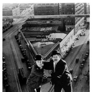 Bild für 'Laurel & Hardy'