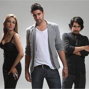 Bild för 'Alex, Jorge Y Lena'