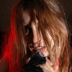 Imagem de 'Girl On Top'