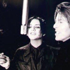 Image pour 'David Bowie & Placebo'