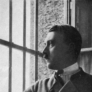 Bild för 'Adolf Hitler'