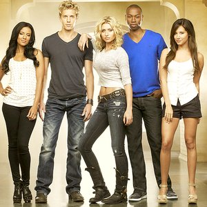 Image for 'Hellcats Cast'