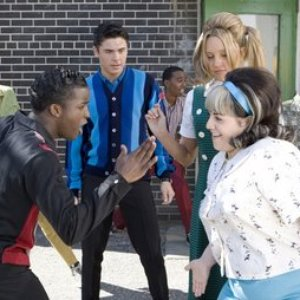 Image for 'Amanda Bynes/Elijah Kelley/Nikki Blonsky/Zac Efron'
