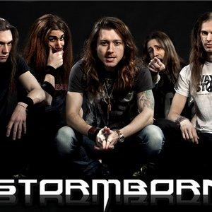 Bild för 'Stormborn'