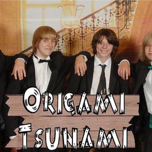 Imagem de 'Origami Tsunami'