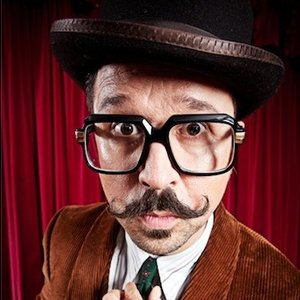 Bild för 'Mr.B The Gentleman Rhymer'