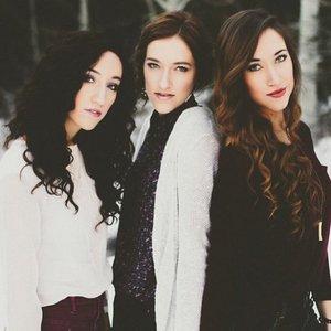Bild für 'Gardiner Sisters'