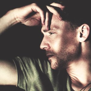 Image for 'Tom Hiddleston'
