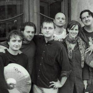 Image for 'Könnyű Esti Sértés'