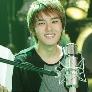 Imagem de 'Super Junior (려욱)'