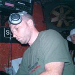 Immagine per 'DJ Addiction'