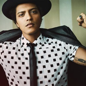 """Bruno Mars""的封面"