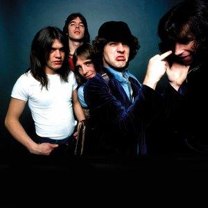 """""""AC/DC""""的封面"""