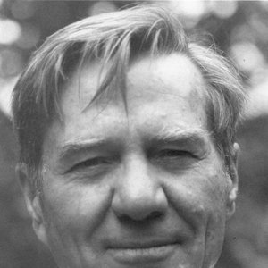 Image for 'Galway Kinnell'