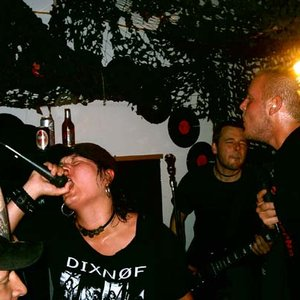 Immagine per 'Kontrovers'