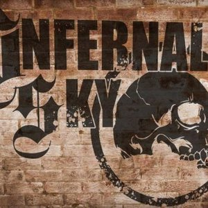 Imagem de 'Infernal sky'