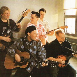Image for 'J. Karjalainen Yhtyeineen'