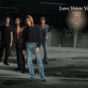 Bild für 'Living Under Venus'