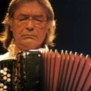 Image pour 'Raúl Barboza'