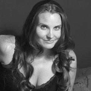 Image for 'Sarah Dinan'
