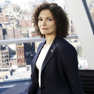 Image for 'Mary Elizabeth Mastrantonio'