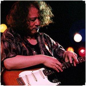 Bild für 'Mutsuhiko Izumi'