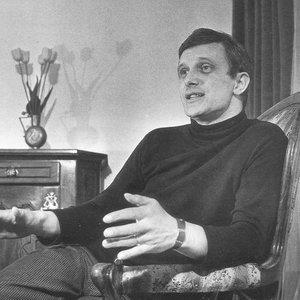 Bild für 'Jiří Suchý'