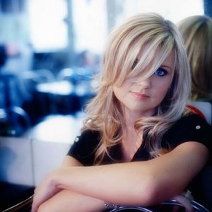 Image for 'Beverley Mahood'