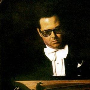 Image for 'Nikolai Petrov (piano)'