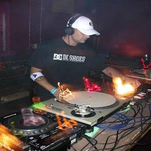 Image pour 'DJ Fixx'